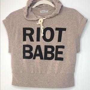 RIOT BABE sleeveless top